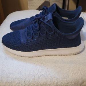adidas Shoes - Addidas